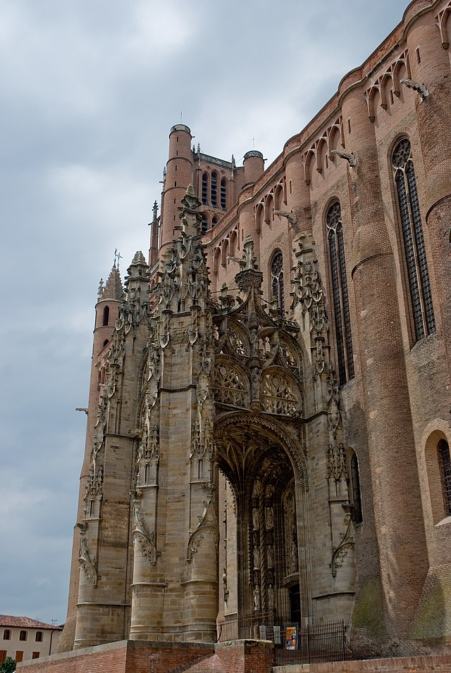 Bon samedi 640px-Albi_cathedral_-_gothic_portal_1