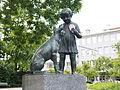 Albisrieden Mädchen mit Hund 1.JPG