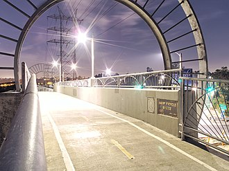 Los Angeles River bicycle path - Baum Bicycle Bridge at Los Feliz Boulevard