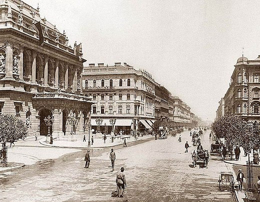 Andrassy Avenue with the Hungarian State Opera House (left side), 1896. Andrassy ut Budapest 1896.jpg