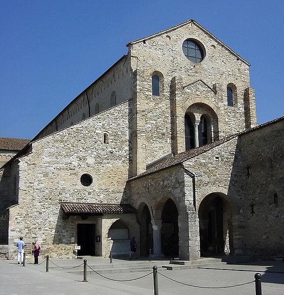 знаменитый город в Северной Италии