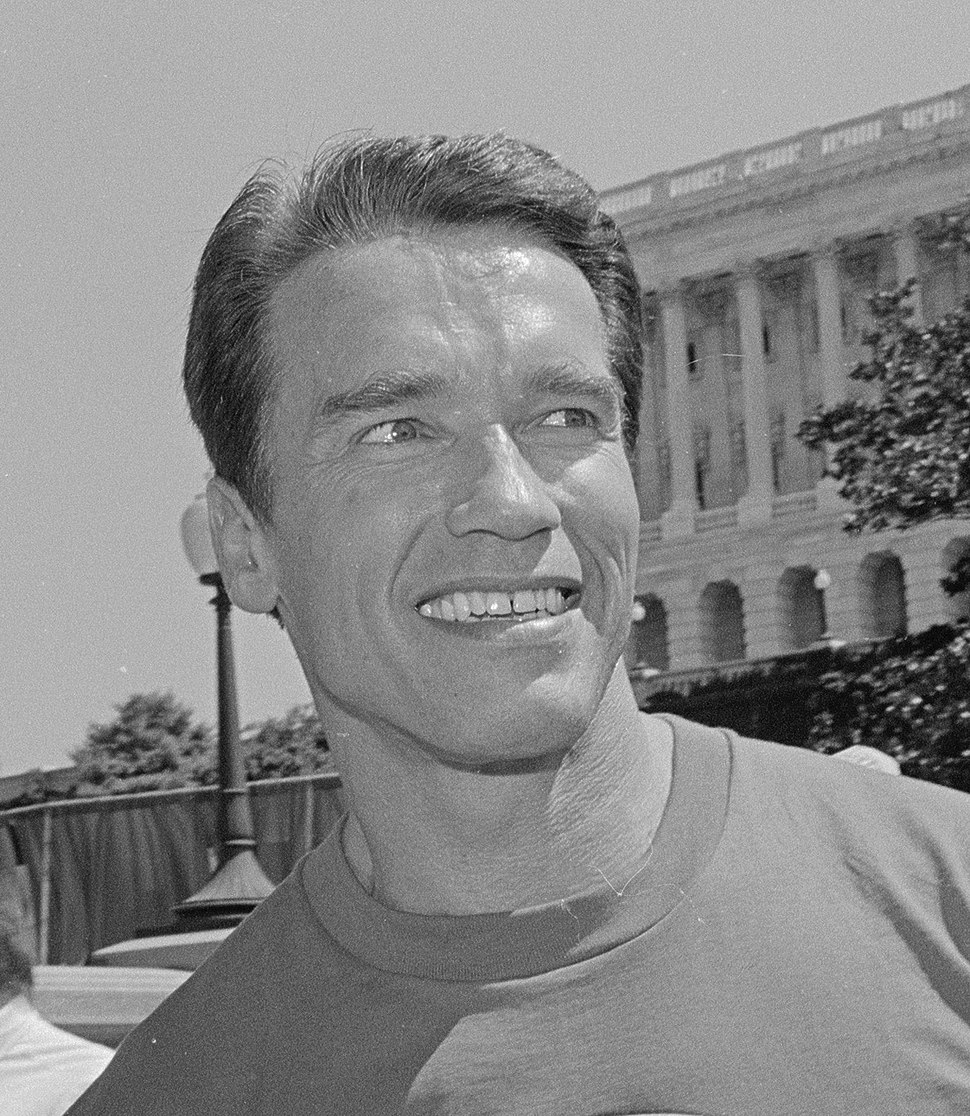 Arnold Schwarzenegger on Capitol Hill (cropped)