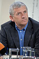 Arnold Stadler im Gespräch 2005.jpg