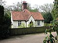 Attractive cottage - geograph.org.uk - 788388.jpg