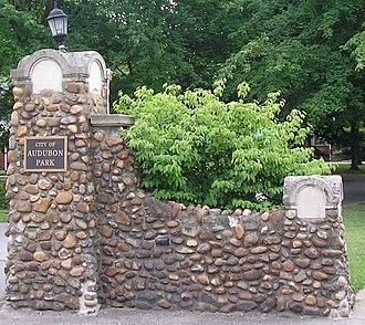 Audubon Park, Kentucky - Entrance pillars to Audubon Park
