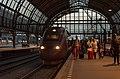 Avondje Amsterdam CS Thalys 4341 komt aan uit Parijs (9641609804).jpg
