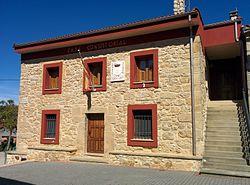 Ayuntamiento de Partido de la Sierra en Tobalina.jpg
