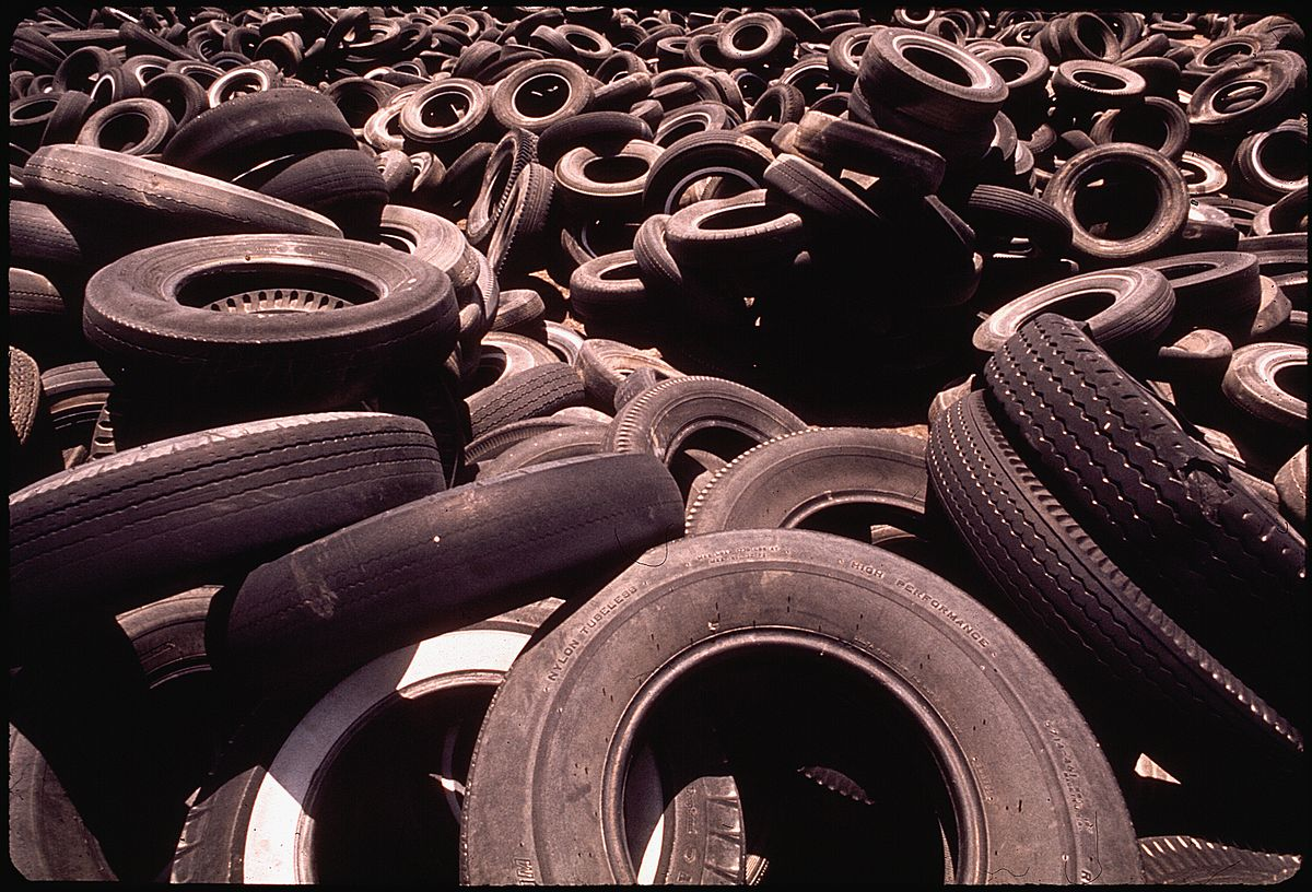 Waste tires - Wikipedia