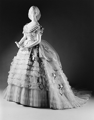 Ball gown - Image: Ball gown MET 260130