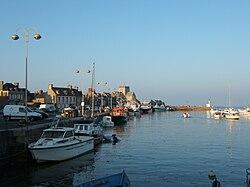 Barfleur-port-soir.JPG