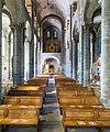 Basilique Notre-Dame d'Orcival, Puy-de-Dôme, France-2854.jpg