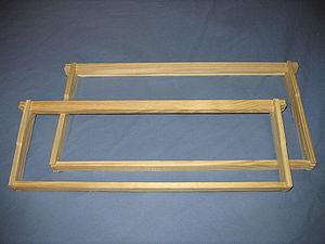 Langstroth hive - Langstroth hive frames