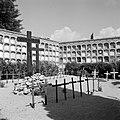Begraafplaats van in de burgeroorlog gesneuvelde soldaten in een Catalaans dorpj, Bestanddeelnr 254-0887.jpg