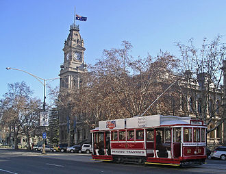 Trams in Bendigo - Tourist tram in the main street.