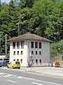 Berchtesgaden — Bahnhofplatz 6 — Stellwerkhäuschen.JPG