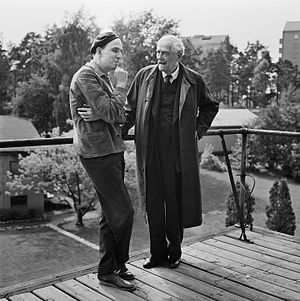 Wild Strawberries (film) - Ingmar Bergman (L) and Victor Sjöström (R) in 1957, during production of Wild Strawberries in the studios in Solna.