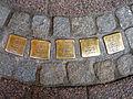 Bergstraße 10, Celle, Stolpersteine Rosa Cahn, geborene Bornheim, sowie Familie Kohls, Adolf und Elsa, geb. Cahn, Edith, Lieselotte, deportiert und ermordet in Auschwitz und Lodz.jpg