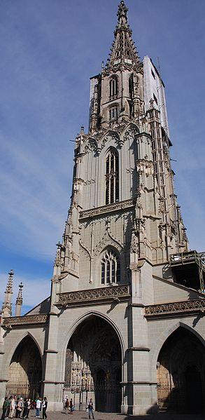 http://upload.wikimedia.org/wikipedia/commons/thumb/7/70/Berner_Muenster2.jpg/293px-Berner_Muenster2.jpg