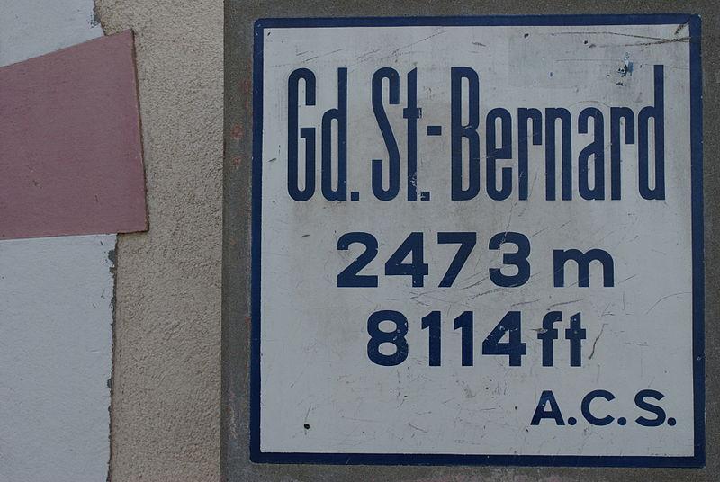 File:Beschriftung Grosser St. Bernhard.JPG