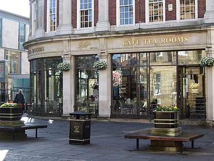 Bettys Cafe Tea Rooms Betty's Cafe Tea Rooms, York (geograph 407877).jpg