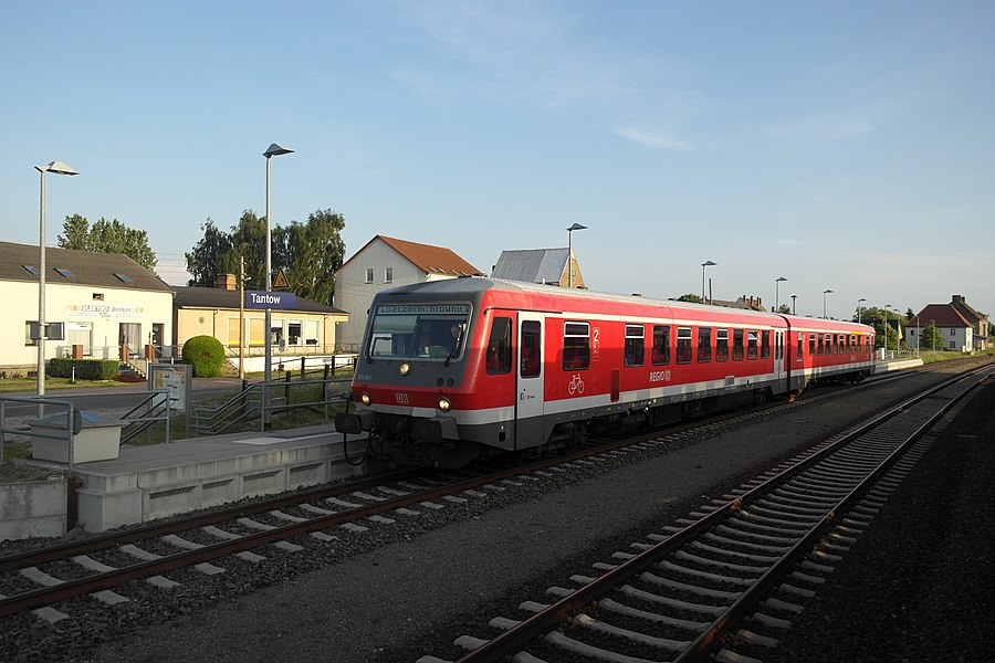 Tantow station