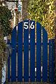 Blaue Gartentür in Obermenzing (verpixelt).jpg