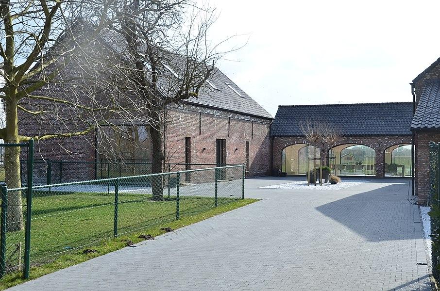 Klein Hoevencomplex (gerenoveerd)