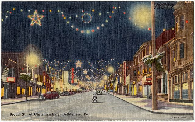 file broad st   at christmastime  bethlehem  pa  78897