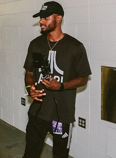 Picture of a band or musician: Bryson Tiller