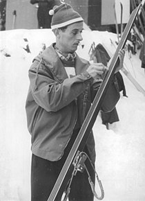 Bundesarchiv Bild 183-53391-0006, Altenberg, Nordische Kombination, Harry Glass.jpg