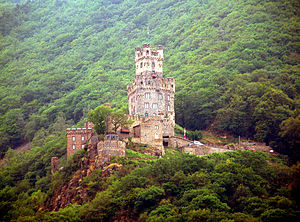 Burg-Loreley.jpg