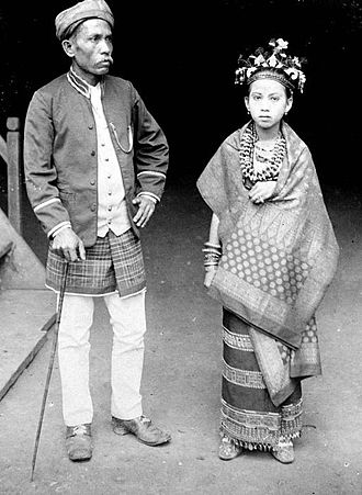 Lampung - A couple from Lampung in traditional outfit during the colonial period.