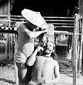COLLECTIE TROPENMUSEUM Tanden-beitelen Mentawai-eilanden TMnr 10004240.jpg