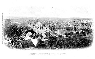 Nogent-sur-Vernisson - General view of the town on an old postcard.