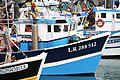 Cabine de chalutier de pêche côtière.JPG