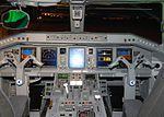 Cabine do Embraer 190.jpg