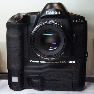 Canon EOS D2000 - Image: Canon EOS D2000 CP+ 2011