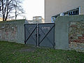 Cemetery-Battonnstrasse-0095-gate-south-direction.jpg