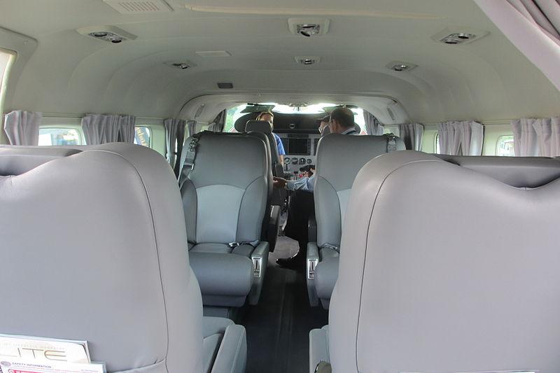 File:Cessna Grand Caravan cabin.jpg