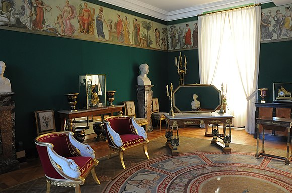 Chateau de Malmaison, 1800, room for the Empress Josephine, on the cusp between Directoire style and Empire style Chateau de Malmaison - Appartement de Josephine 003.jpg
