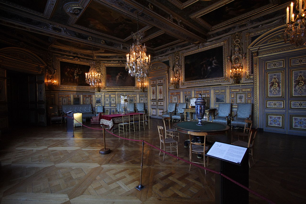 File chateau de fontainebleau fra 020 jpg wikimedia commons for Chambre chateau