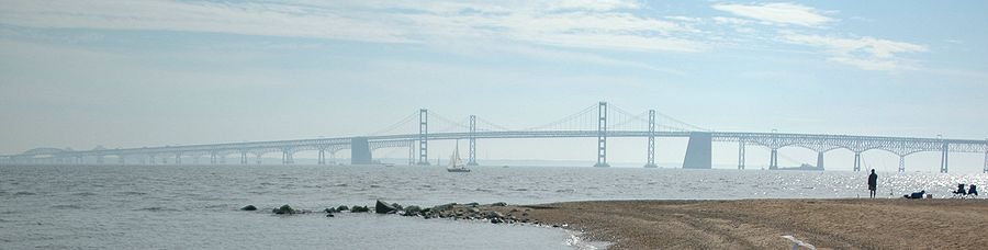 Panorama of the bridge as seen from the beach
