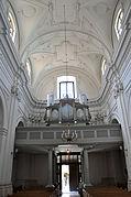 Church of St. Martin, Kraków - interior 02.jpg