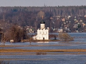 Church of the Intercession on the Nerl - Another view of the church, showing its location along the river