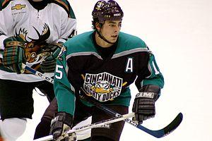 Cincinnati Mighty Ducks - Joffrey Lupul playing for the Cincinnati Mighty Ducks in 2004.