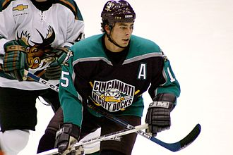 Cincinnati Mighty Ducks - Joffrey Lupul playing for the Cincinnati Mighty Ducks in 2004.