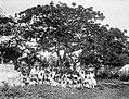 Collectie Nationaal Museum van Wereldculturen TM-10021192 Schoolfoto van een katholiek school op Sint Eustatius Sint Eustatius fotograaf niet bekend.jpg