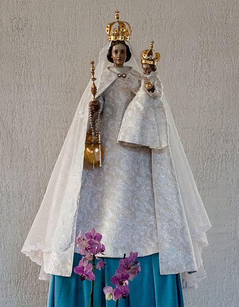D'Consolatrix an der Kierch zu Nidderkäerjeng.