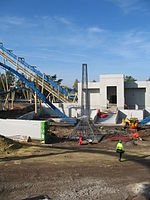 Photo de la construction de l'attraction.