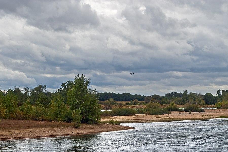 La Loire à la hauteur de Cour-sur-Loire.